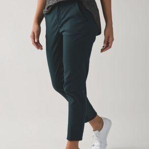 Lululemon 8 & Go City Trek Trousers Pants Green